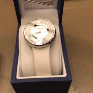 Swarovski crystal round watch